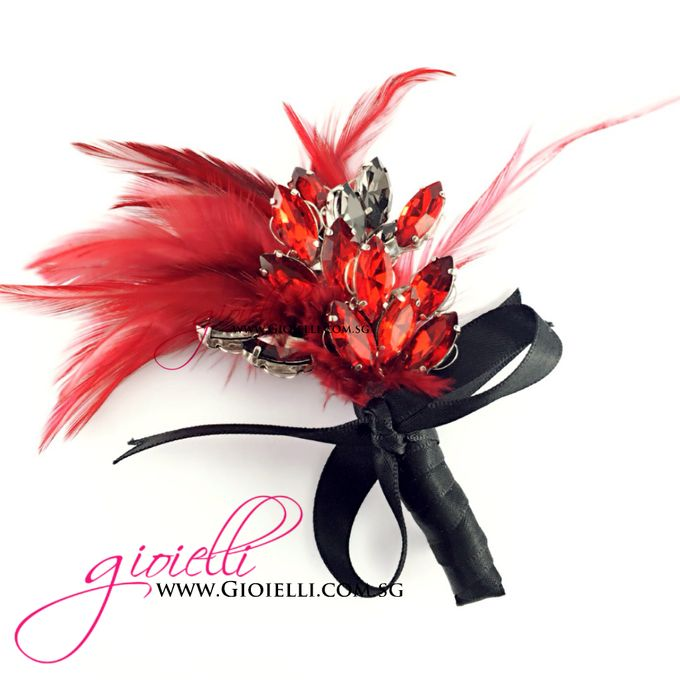 Gioielli Boutonnieres and Corsages by Gioielli Bridal Accessories & Crystal Bouquets - 005