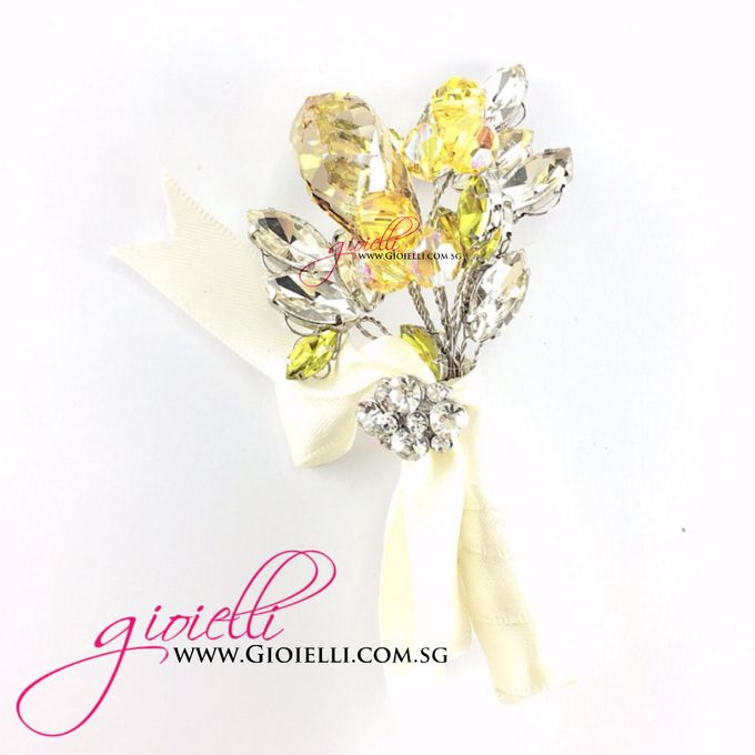 Gioielli Boutonnieres and Corsages by Gioielli Bridal Accessories & Crystal Bouquets - 007