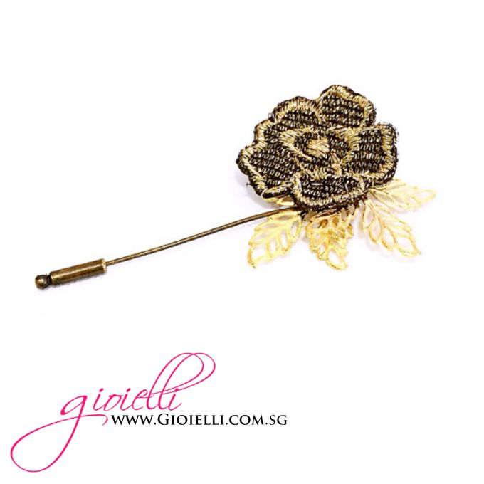Gioielli Boutonnieres and Corsages by Gioielli Bridal Accessories & Crystal Bouquets - 009