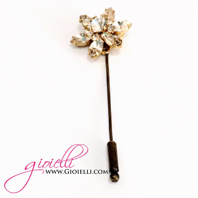 Gioielli Boutonnieres and Corsages by Gioielli Bridal Accessories & Crystal Bouquets - 010