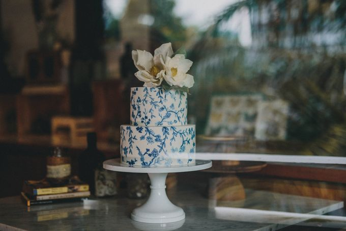 Exquisite and Hand-painted by Winifred Kristé Cake - 003