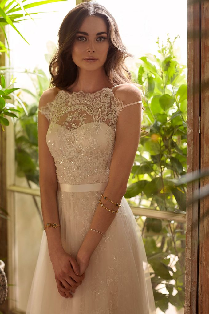 Catherine Deane by Frieda Brides - 006