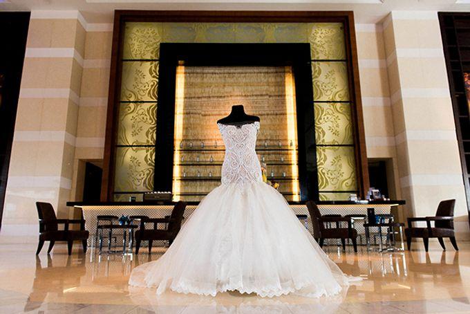 Radisson Blu Hotel Wedding by Lloyed Valenzuela Photography - 007