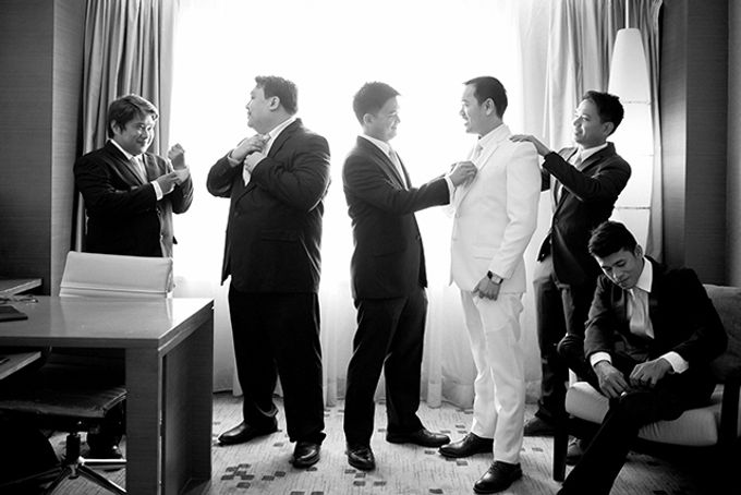Radisson Blu Hotel Wedding by Lloyed Valenzuela Photography - 017