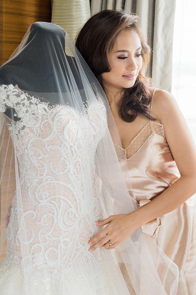Radisson Blu Hotel Wedding by Lloyed Valenzuela Photography - 018