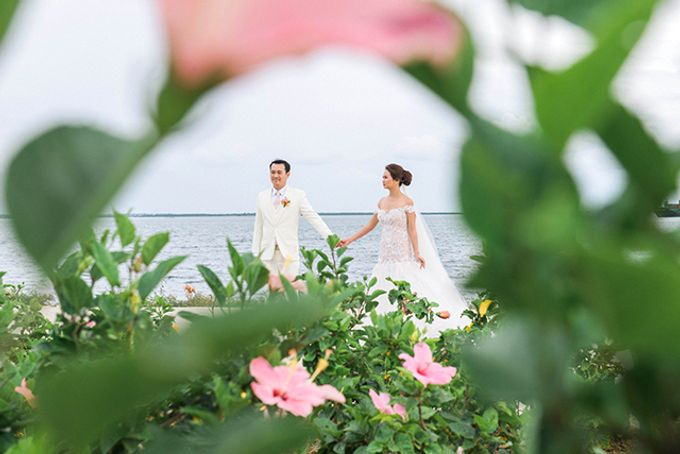 Radisson Blu Hotel Wedding by Lloyed Valenzuela Photography - 003