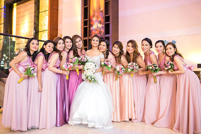 Radisson Blu Hotel Wedding by Lloyed Valenzuela Photography - 023