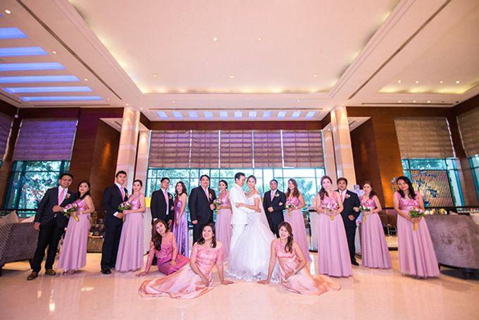 Radisson Blu Hotel Wedding by Lloyed Valenzuela Photography - 024