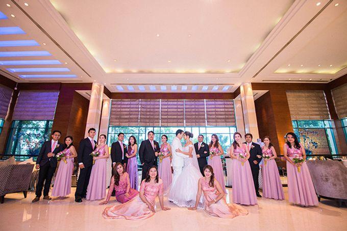 Radisson Blu Hotel Wedding by Lloyed Valenzuela Photography - 025