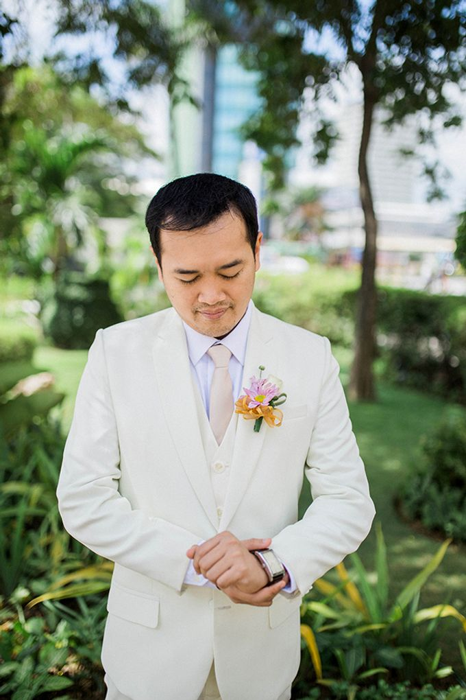 Radisson Blu Hotel Wedding by Lloyed Valenzuela Photography - 040