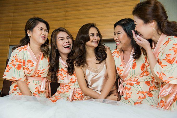 Radisson Blu Hotel Wedding by Lloyed Valenzuela Photography - 043