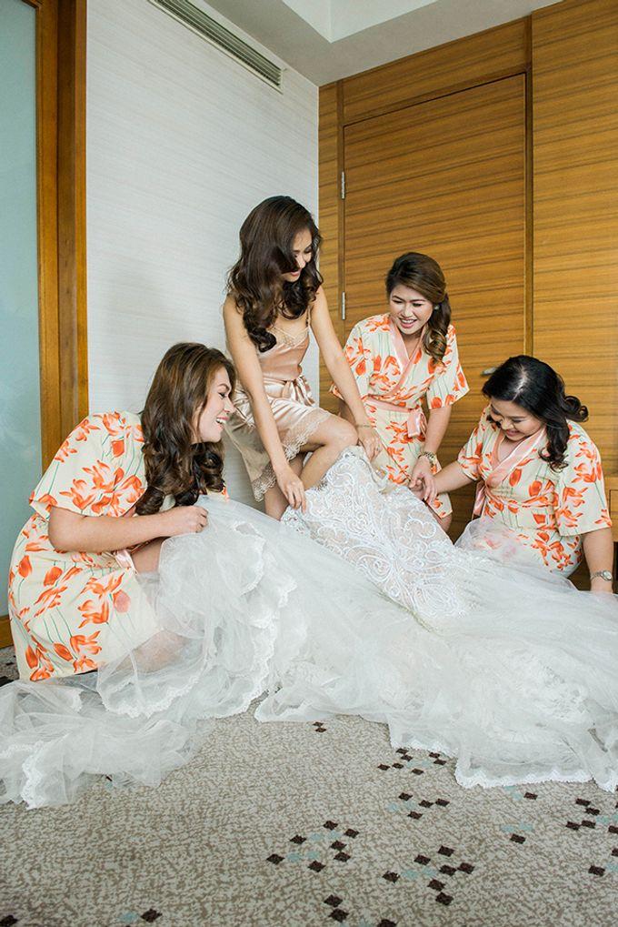Radisson Blu Hotel Wedding by Lloyed Valenzuela Photography - 045