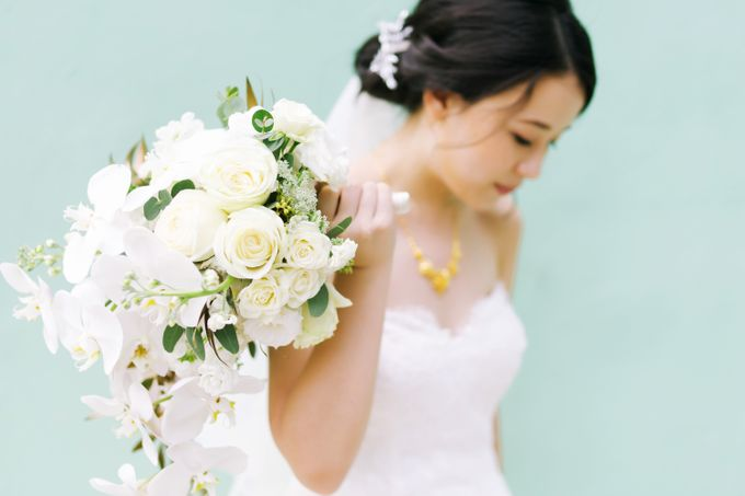 Jia Xin and Han Sheng White and Gold themed wedding celebration by With Every - 005