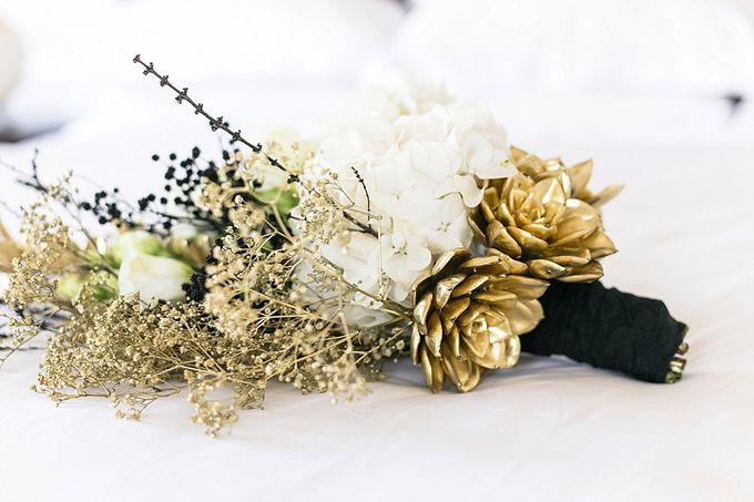 Black & Gold Winter Wedding Chic by Leanne Love Photography - 013