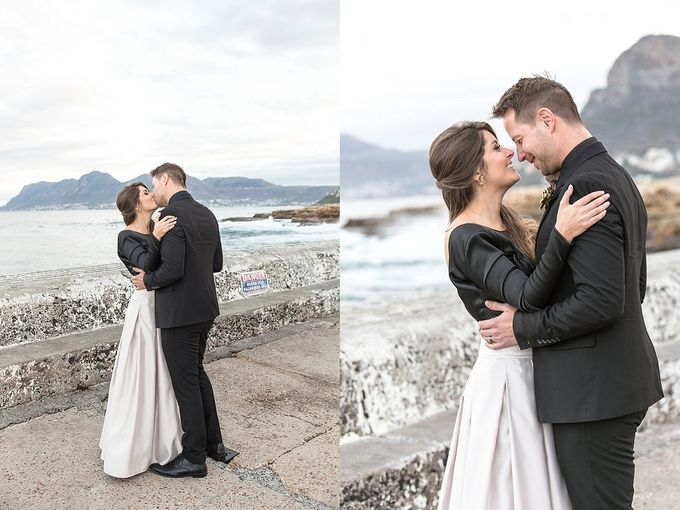 Black & Gold Winter Wedding Chic by Leanne Love Photography - 030