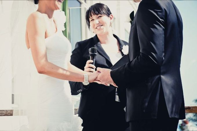 Lighthearted and modern wedding ceremonies by Camille Abbott - Marriage Celebrant - 006