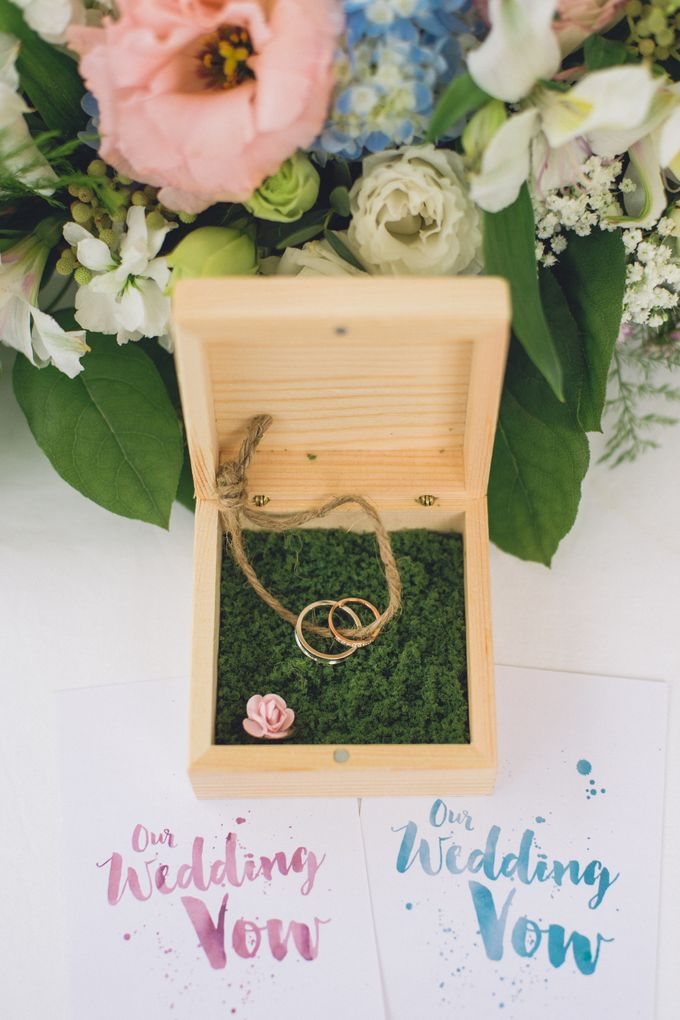 Dreamy and Romantic Outdoor Solemnisation by With Every - 012