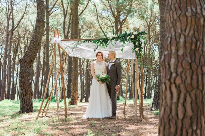 Forest Elopement Inspiration by Cynthier - 011