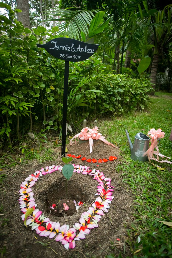 Intimate Thai Wedding Ceremony by Dream Asia Weddings - 028