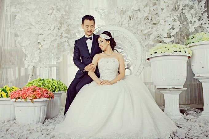 Prewedding makeup by Makeup by Ie - 002