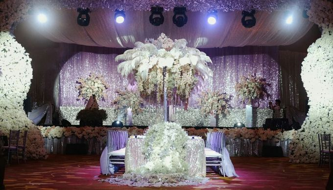 Fantasy wedding by steves decor bridestory add to board fantasy wedding by steves decor 001 junglespirit Image collections