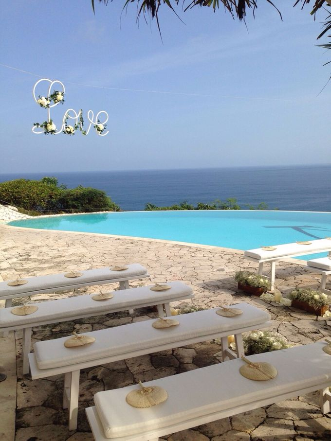 Beach Wedding Dream by Aisle Project - 001