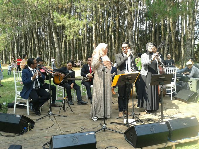 Wedding Gigs at Pine forest Cibodas Bandung by  Jempol Jenthik Orkes Keroncong - 001