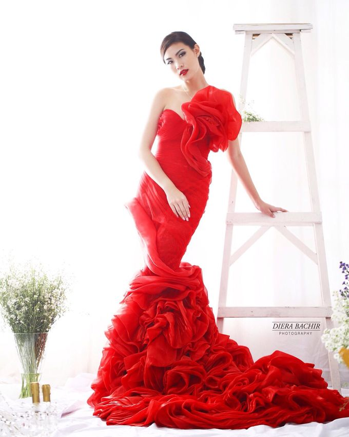 Living in fairytale by The Penthouse Dress - 010