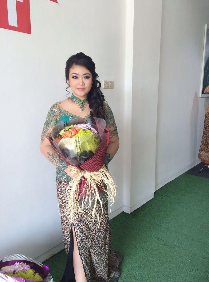 UC graduation by Xinxin Make Up - 014
