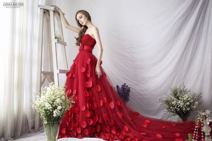 Living in fairytale by The Penthouse Dress - 004