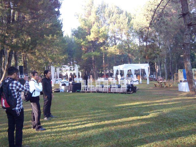Sisi & Caka Wedding - Pine Forrest Lembang by  Jempol Jenthik Orkes Keroncong - 001