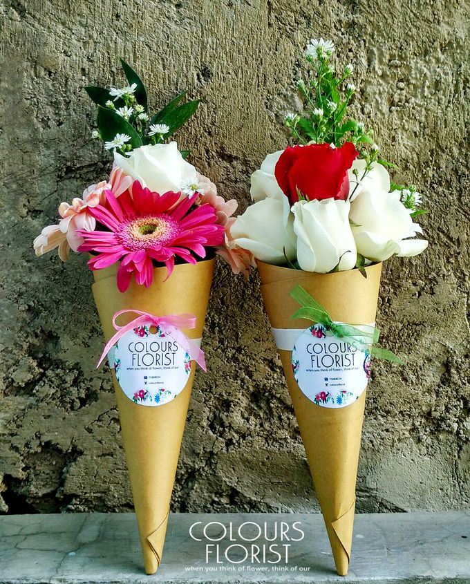 ice cream flower cone by Colours Florist - 001