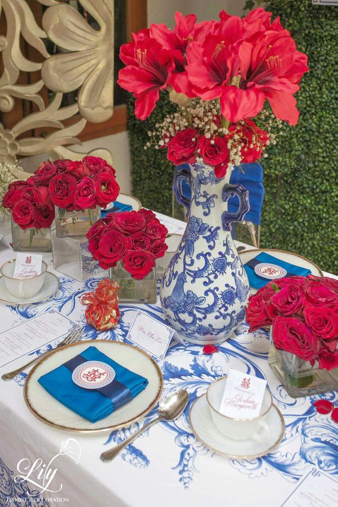 Chic and elegant table setting decoration by Lily Florist & Decoration - 006