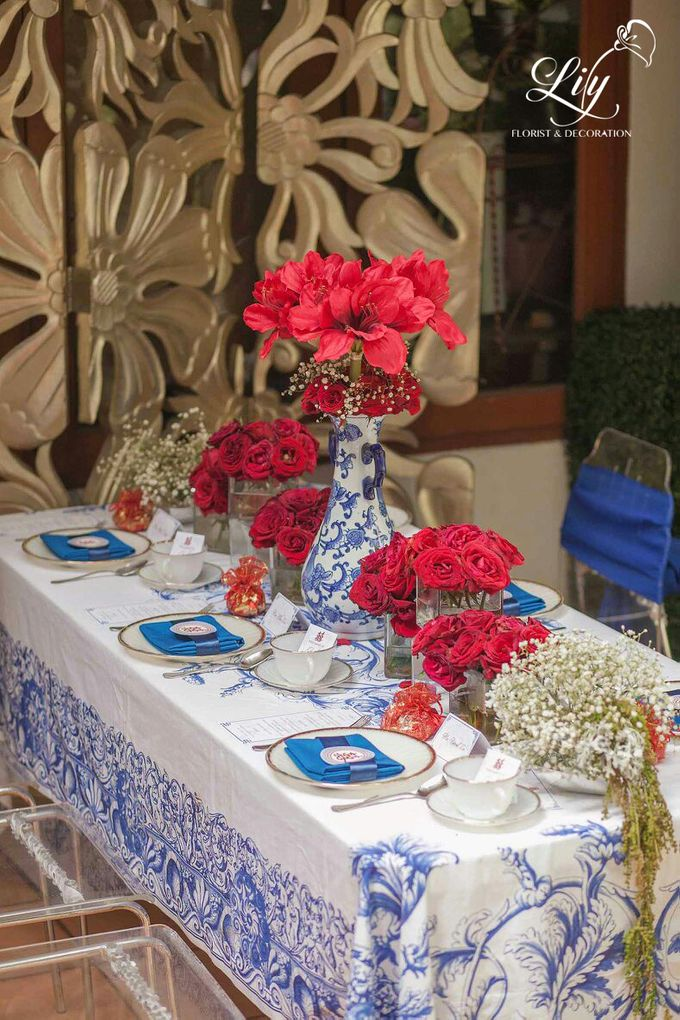 Chic and elegant table setting decoration by Lily Florist & Decoration - 007