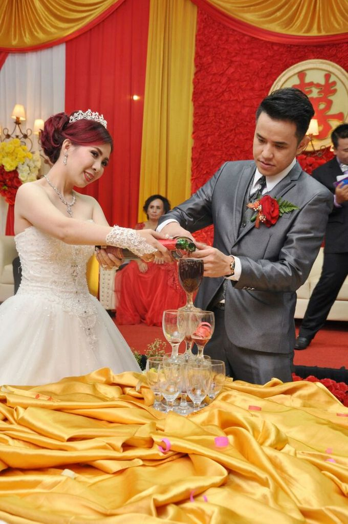 Wedding of Harianto & Aurelia Katarina Lianty by Pelangi Cake - 002