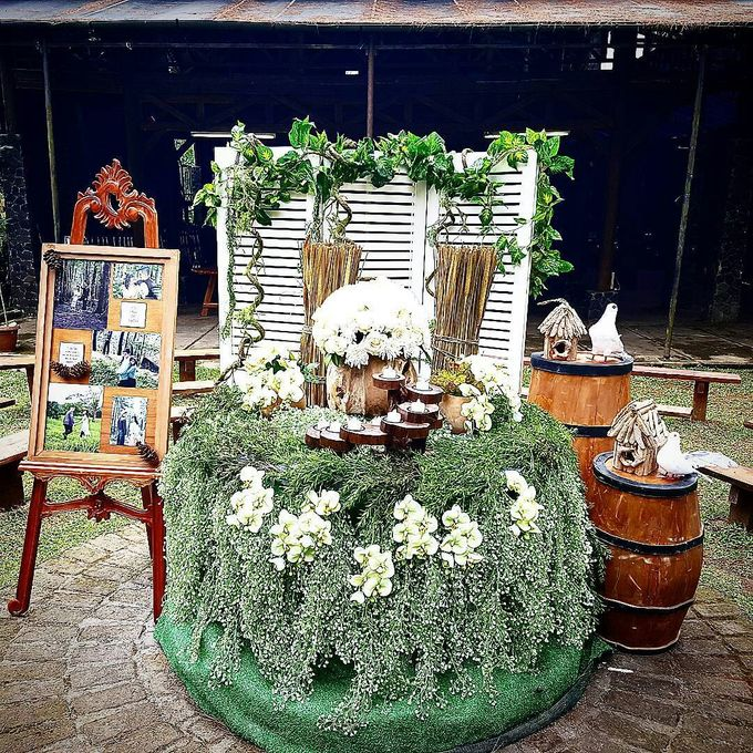 Rustic Theme Decoration by Home Smile Florist - 010