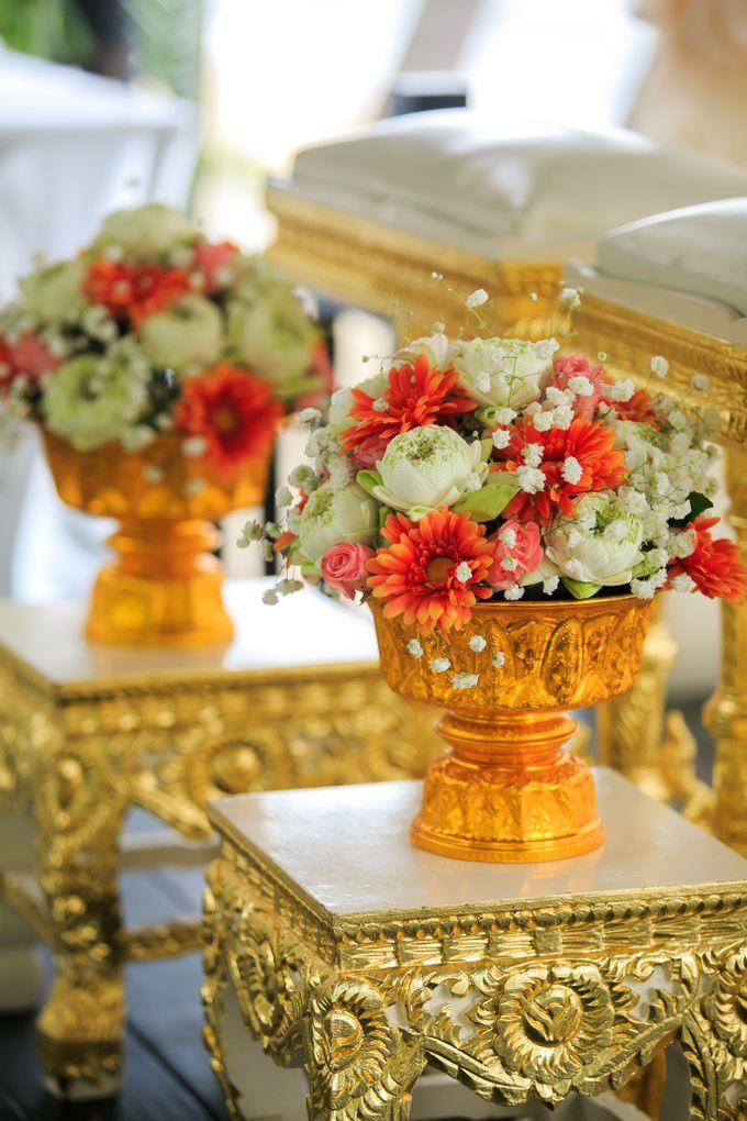 Intimate Thai Wedding Ceremony by Dream Asia Weddings - 004