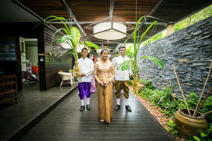 Intimate Thai Wedding Ceremony by Dream Asia Weddings - 014