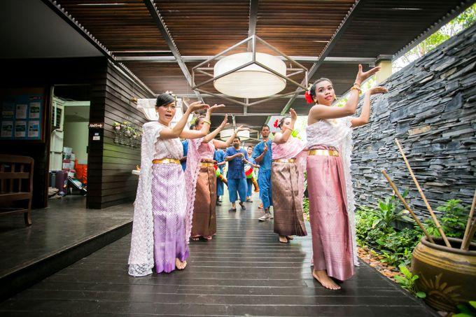Intimate Thai Wedding Ceremony by Dream Asia Weddings - 015