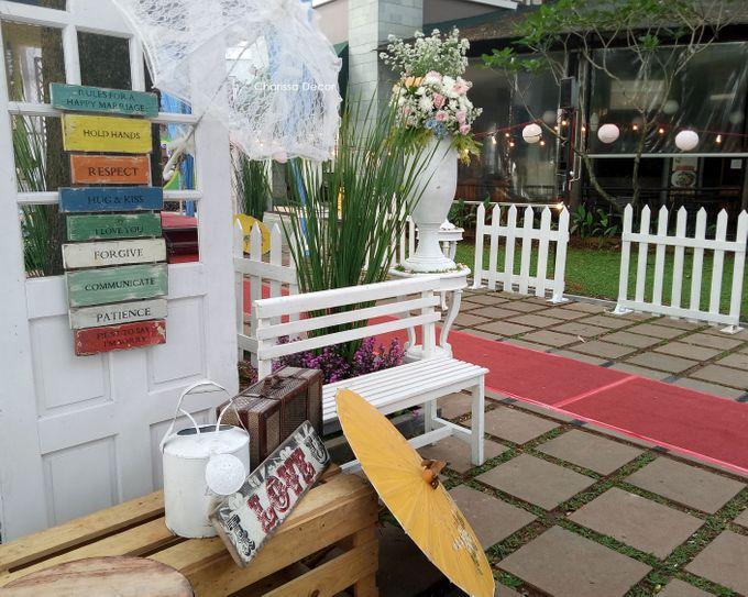 Outdoor Shabby Decor by Charissa Event & Wedding Decoration - 006