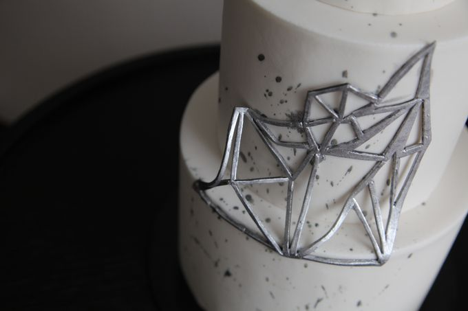 Silver Geometric by Winnie Cake Couture - 002