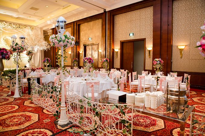 The Wedding of Angga & Wei -JW Marriot- by The Swan Decoration - 008