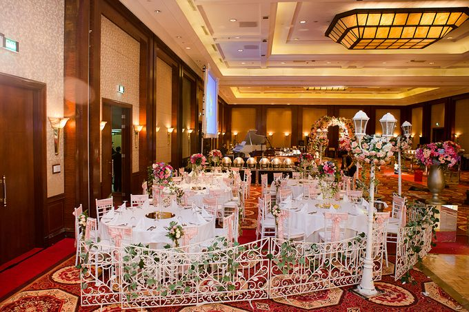 The Wedding of Angga & Wei -JW Marriot- by The Swan Decoration - 009