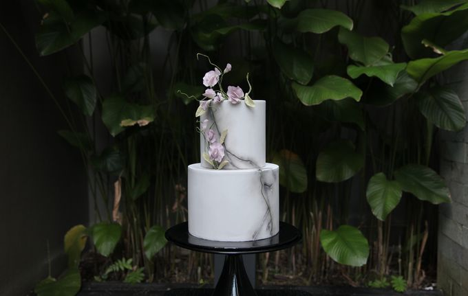Cracked Concrete and Sweet Pea Vines by Winnie Cake Couture - 001