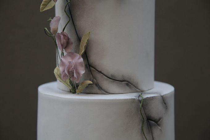 Cracked Concrete and Sweet Pea Vines by Winnie Cake Couture - 002