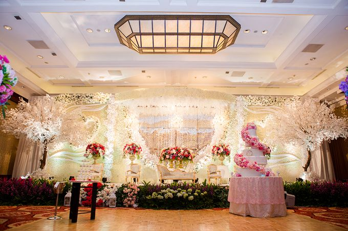 The Wedding of Angga & Wei -JW Marriot- by The Swan Decoration - 016