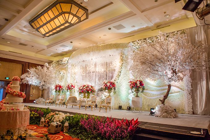 The Wedding of Angga & Wei -JW Marriot- by The Swan Decoration - 017