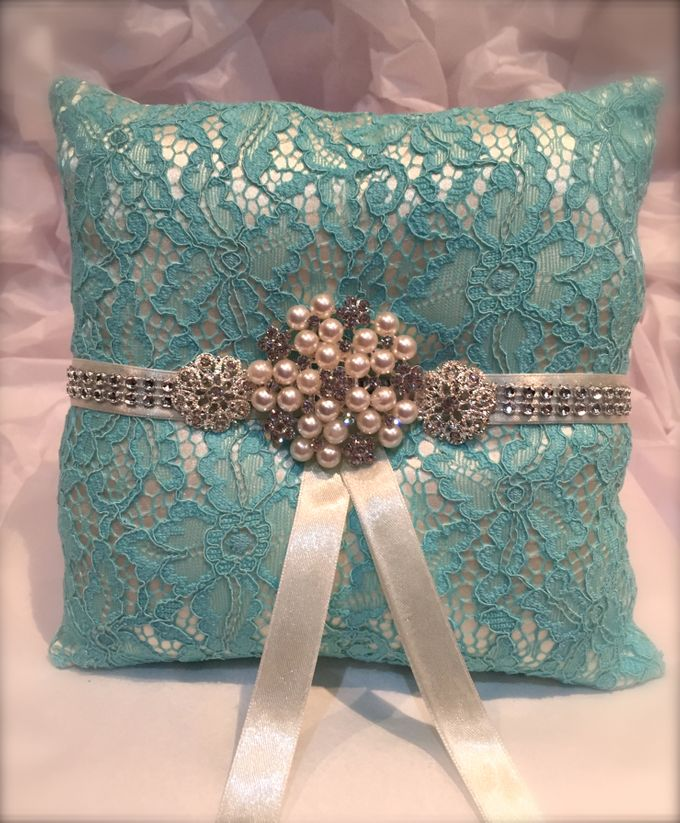 wedding accessories by iWedding World - 011