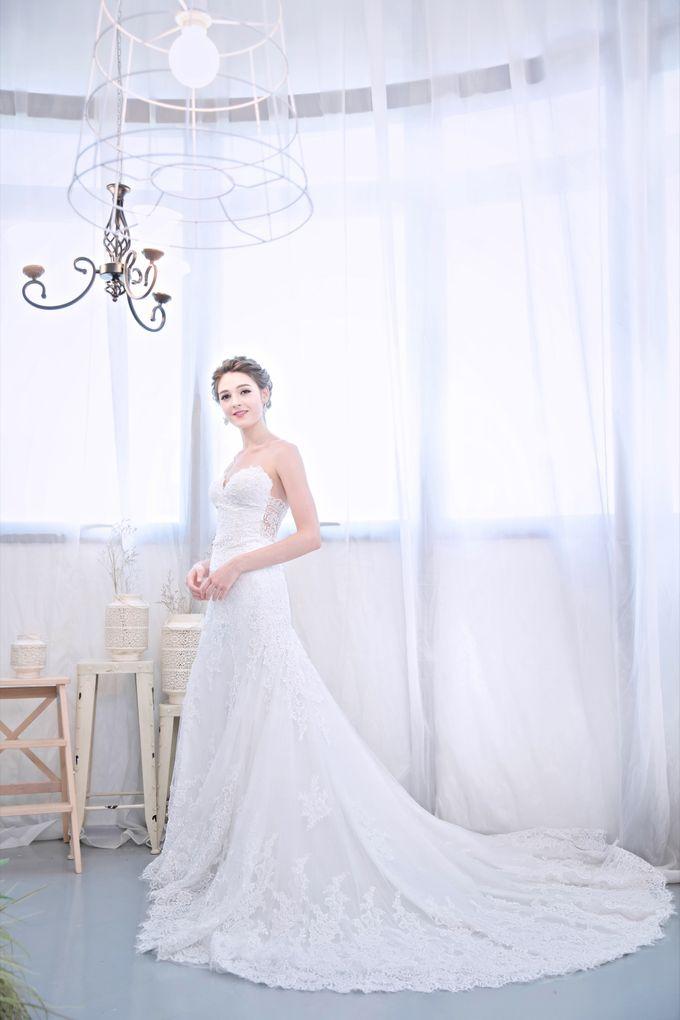 Signature Bridal Gown Range - Romantique by La Belle Couture Weddings Pte Ltd - 002
