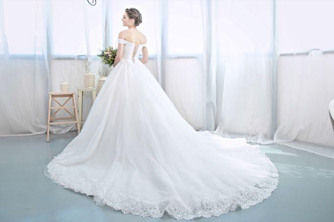 Signature Bridal Gown Range - Romantique by La Belle Couture Weddings Pte Ltd - 004